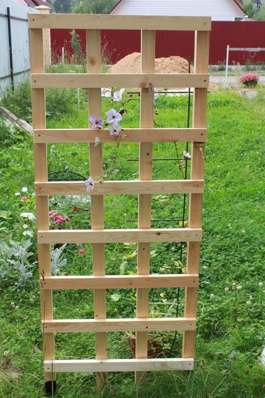 Как построить забор на даче своими руками фото